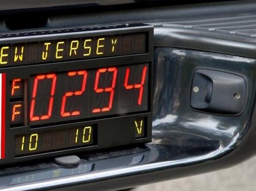 apple car to have digital license plates