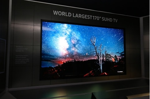 ces 2016 samsung refreshes from home appliances to wearables - smart tv