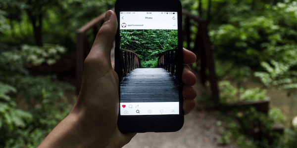 How to Fast forward, rewind or pause Instagram videos and stories