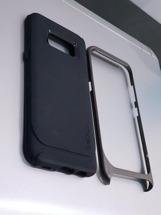 Dual layer structure Spigen Case