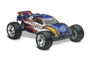 best small remote control car - Traxxas Rustler RTR