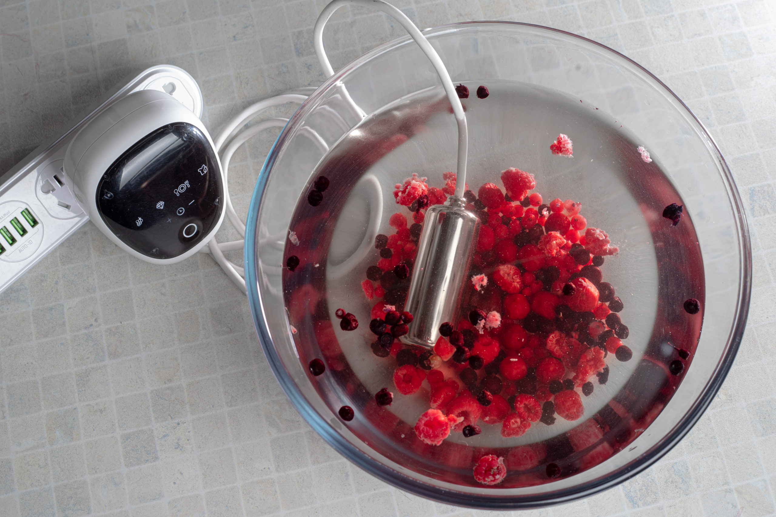 Ultrasona with berries
