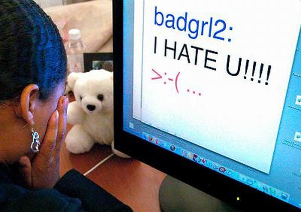 Negative messages online can have hurtful effects
