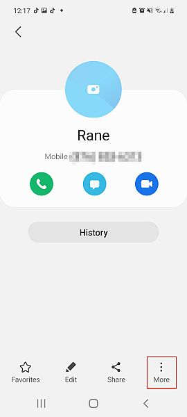 Contact information screen in a samsung smartphone